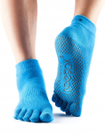 ToeSox Full Toe Ankle Grip Socks in Skydiver